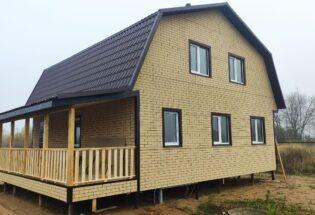 Каркасный дом 8х9 с мансардным этажом и террасой в д.Григорово Новгородской области